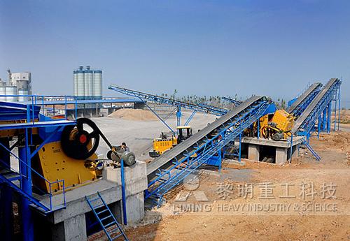 时产100吨左右河卵石制砂生产线价格